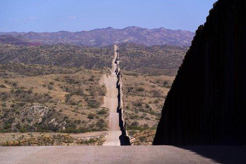 border.jpeg